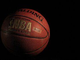 """NBA Top Shot pour collectionner, échanger et vendre des """"moments"""""""